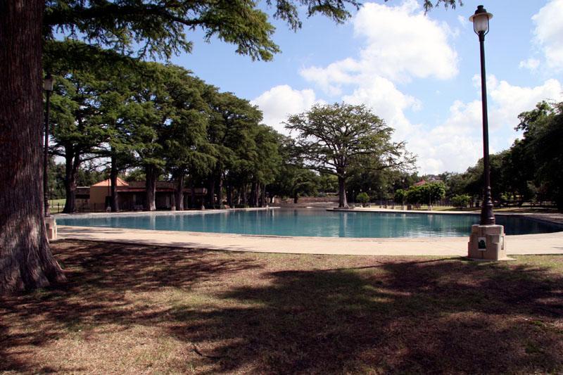Bike N Swim Thru Monte Vista And San Pedro Springs San Antonio Outdoor And Social Club And